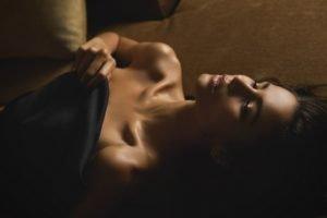 women, Brunette, Lying down, Dark hair