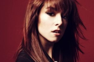 Christina Grimmie, Women, Auburn hair