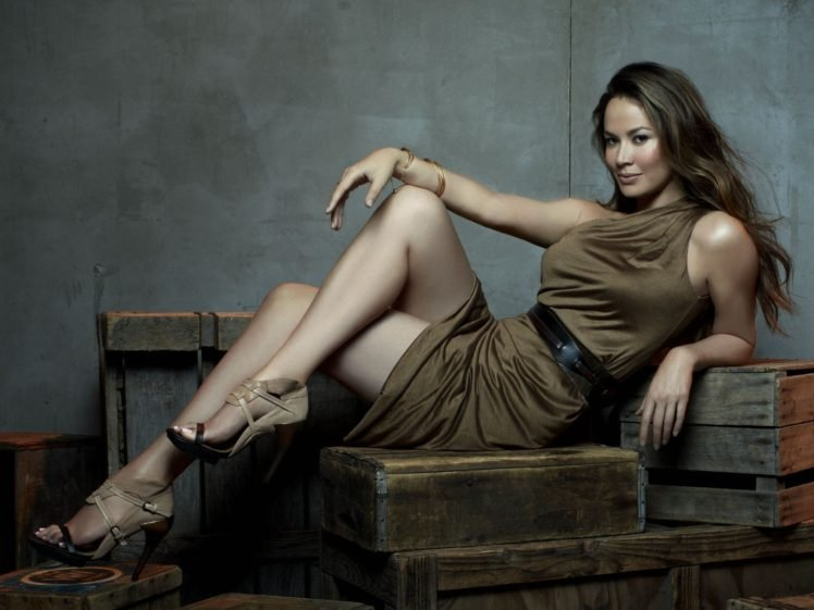 women, Brunette, Moon Bloodgood, Legs, High heels, Dress, Long hair HD Wallpaper Desktop Background