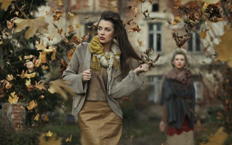 women, Brunette, Fall, Leaves HD Wallpaper Desktop Background