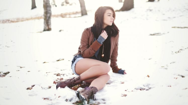 women, Brunette, Long hair, Women outdoors, Snow, Park, Winter, Leather jackets, Jean shorts, Sitting, Boots HD Wallpaper Desktop Background