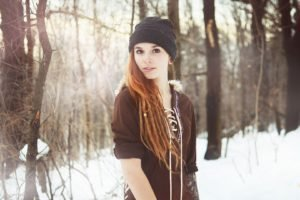 women, Face, Redhead, Winter, Snow, Sunlight, Trees, Tattoo, Dreadlocks