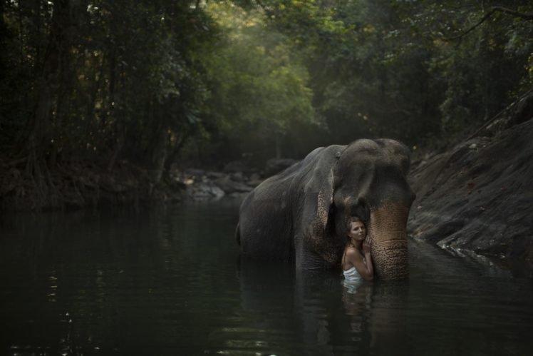 women, Model, Brunette, Women outdoors, Nature, Water, Elephants, Wet, Animals, Trees, Forest HD Wallpaper Desktop Background