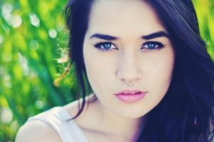 2015, Daniela Araya, Face, Pierced nose, Women, Brunette, Blue eyes
