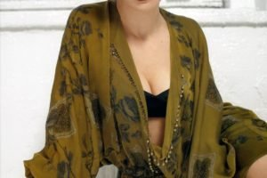 Rachel Weisz, Lingerie