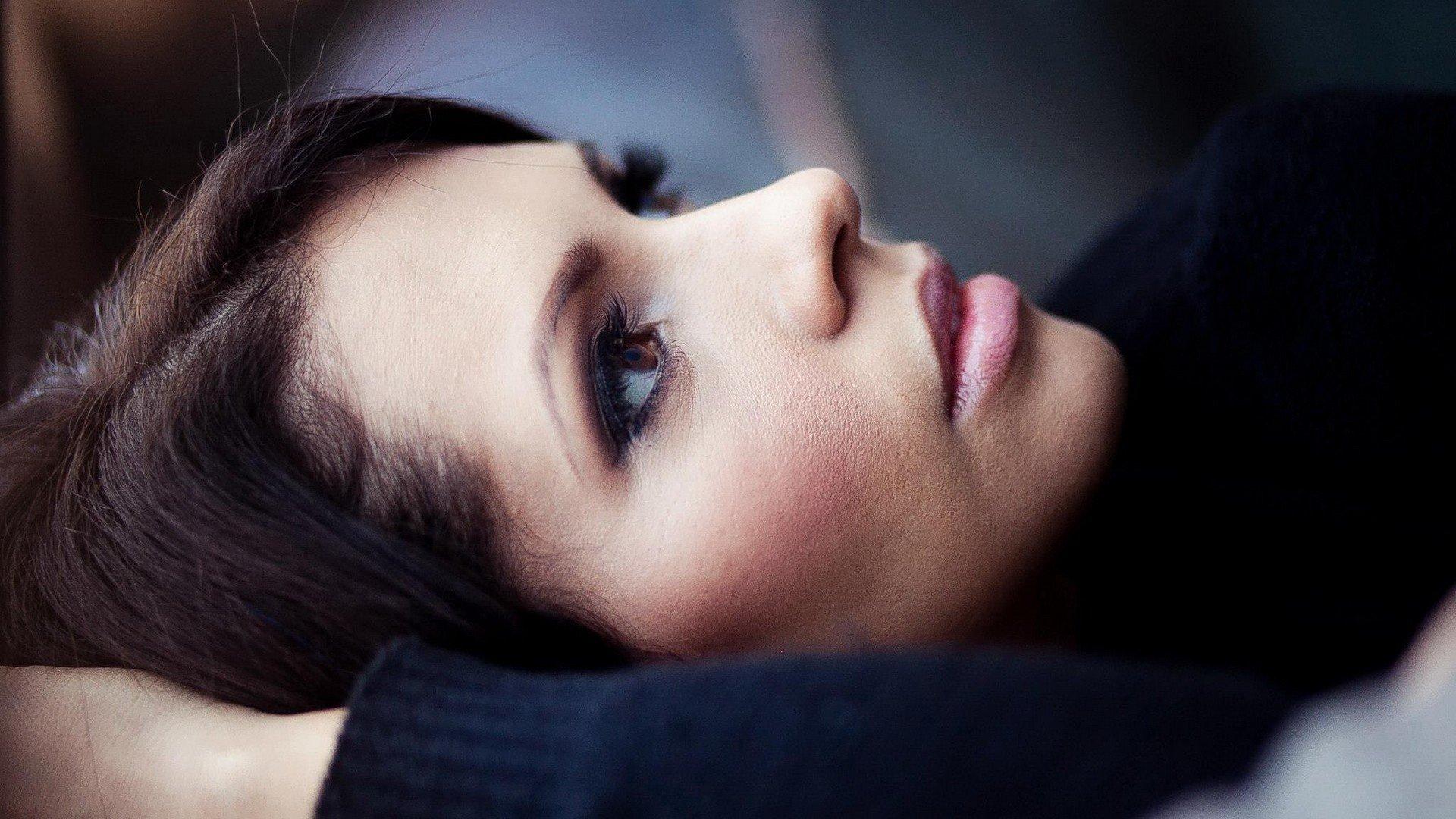 brunette, Brown eyes, Portrait, Closeup, Women, Makeup Wallpaper
