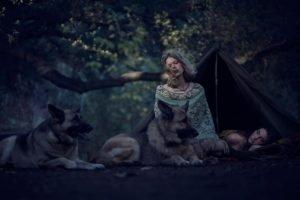 women, Women outdoors