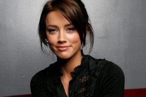 women, Actress, Brunette, Long hair, Face, Amber Heard, Smiling, Walls