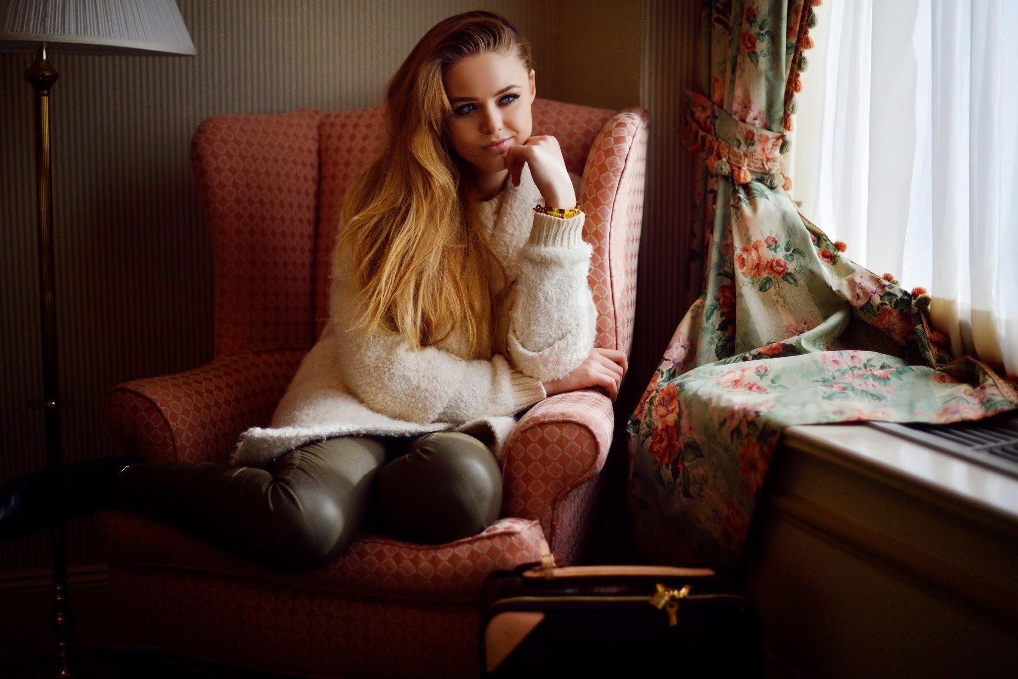 Blond kristina Kristina Blond