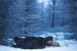 women, Women outdoors, Nature, Forest, Winter, Trees, Snow, Lying down, Dead trees