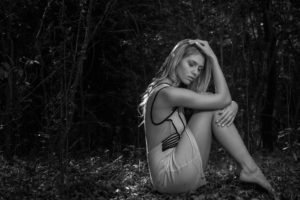 women, Blonde, Long hair, Model, Women outdoors, Closed eyes, Barefoot, Sitting, Nature, Trees, Leaves, Holding knees, Hands on head