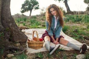 women, Model, Brunette, Long hair, Women outdoors, Nature, Curly hair, Skirt, Picnic, Sitting, Trees