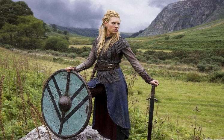 Vikings (TV series), Lagertha Lothbrok, Women, Shields, Sword, Actress, Women outdoors, Blonde, Nature, Landscape HD Wallpaper Desktop Background