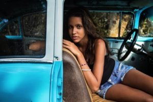 women, Cuba, Shorts, Jean shorts, Women with cars, Car, Brunette, Old car