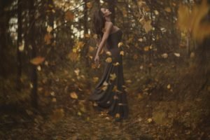 women outdoors, Fall, Leaves, Bokeh, Depth of field, Forest, Floating