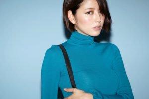 Masami Nagasawa, Blue background, Brunette, Asian, Women, Short hair, Turtlenecks
