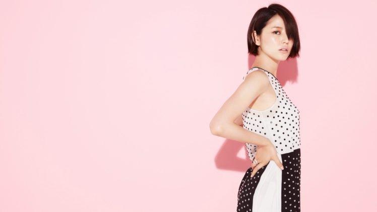 Asian, Pink background, Masami Nagasawa, Polka dots, Simple background, Short hair, Brunette, Looking at viewer HD Wallpaper Desktop Background