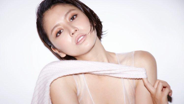 Masami Nagasawa, Short hair, Asian, Women, Brunette, Simple background, Brown eyes HD Wallpaper Desktop Background
