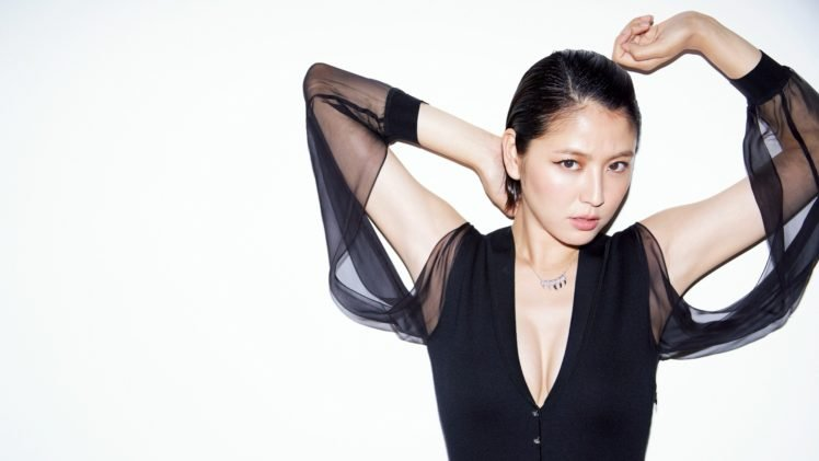 Masami Nagasawa, Arms up, Simple background, Black clothing, Asian, Women, Brunette, Short hair HD Wallpaper Desktop Background