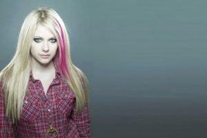 Avril Lavigne, Blue eyes, Blonde