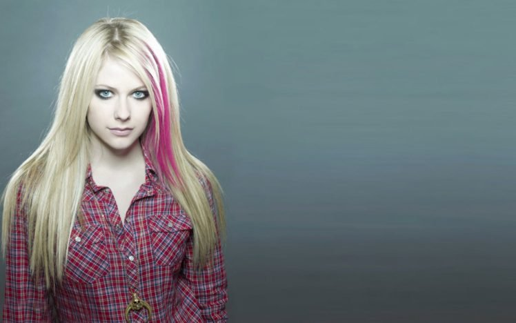 Avril Lavigne Blue Eyes Blonde Hd Wallpapers Desktop And