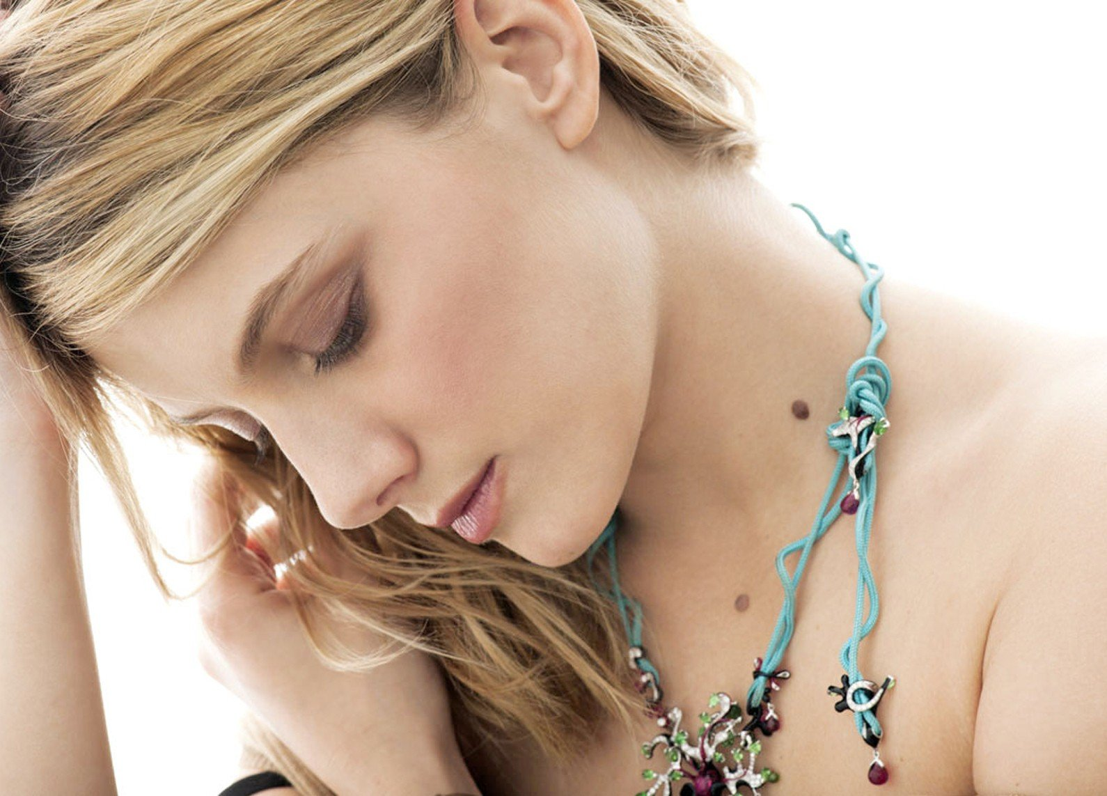 Mélanie Laurent, Women, French, Celebrity, Actress Wallpaper