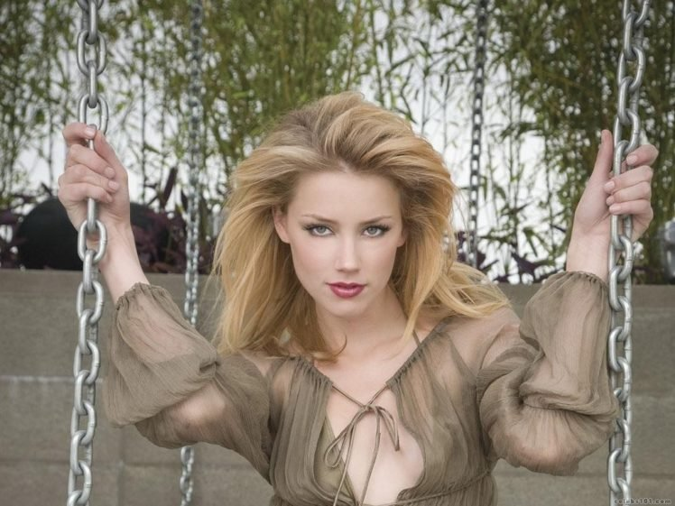 Amber Heard Hd Wallpapers Desktop And Mobile Images Photos