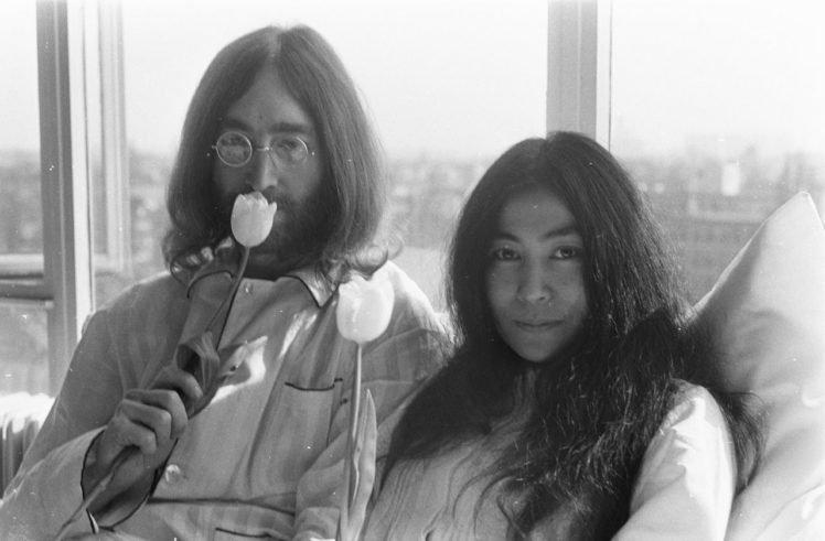 men, Women, Couple, Musicians, Singer, John Lennon, Yoko Ono, Monochrome, Glasses, Amsterdam, In bed, Peace, Long hair, Flowers, Tulips, Window, Legend, Protestors, Hotels, Room HD Wallpaper Desktop Background