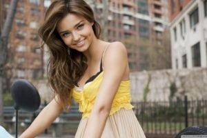 Battery Park City, Miranda Kerr, Women, Model, Brunette, Blue eyes, Smiling, Yellow clothing, Yellow dress