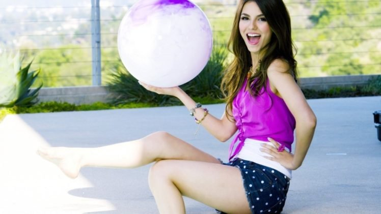 Victoria Justice, Singer, Actress, Brunette, Celebrity HD Wallpaper Desktop Background