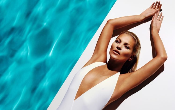 women, Blonde, Lying down, Swimming pool, Arms up, One piece swimsuit, Kate Moss HD Wallpaper Desktop Background