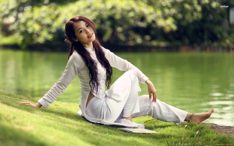 women, Model, Brunette, Long hair, Women outdoors, Asian, Grass, Water, Trees, Park, Smiling, White clothing, Barefoot HD Wallpaper Desktop Background