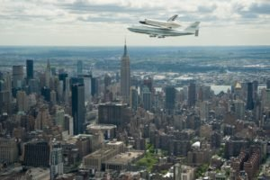 cityscape, City, Space shuttle, NASA, Boeing, Boeing 747, New York City, Skyscraper, Aircraft
