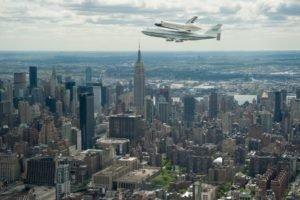 cityscape, City, Space shuttle, NASA, Boeing, Boeing 747, New York City, Skyscraper, Aircraft