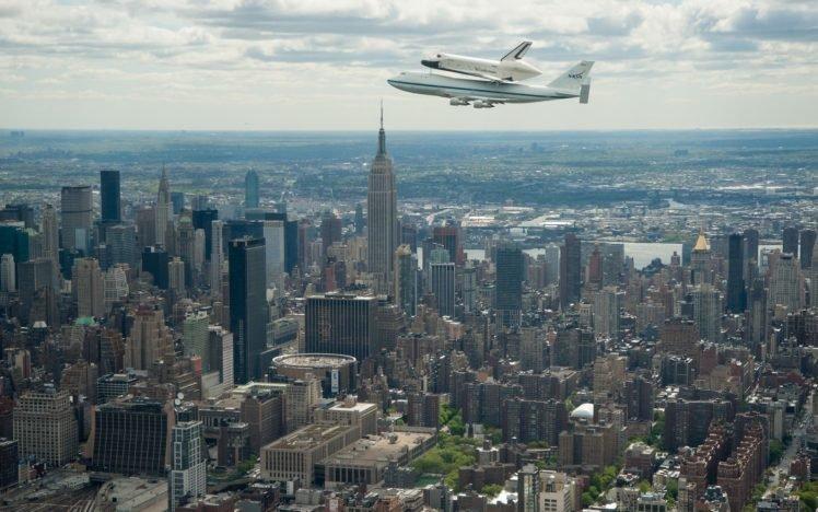 cityscape, City, Space shuttle, NASA, Boeing, Boeing 747, New York City, Skyscraper, Aircraft HD Wallpaper Desktop Background
