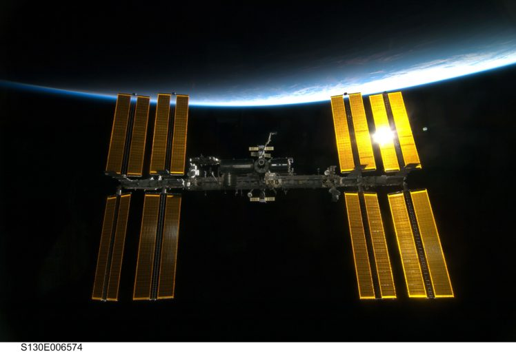 32 space station hd - photo #31