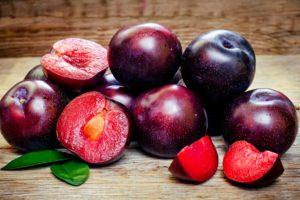 Plums (Fruits), Fruit, Prunus laurocerasus
