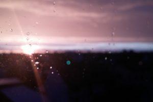 rain, Sunset, Blurred, Lights, Sun rays