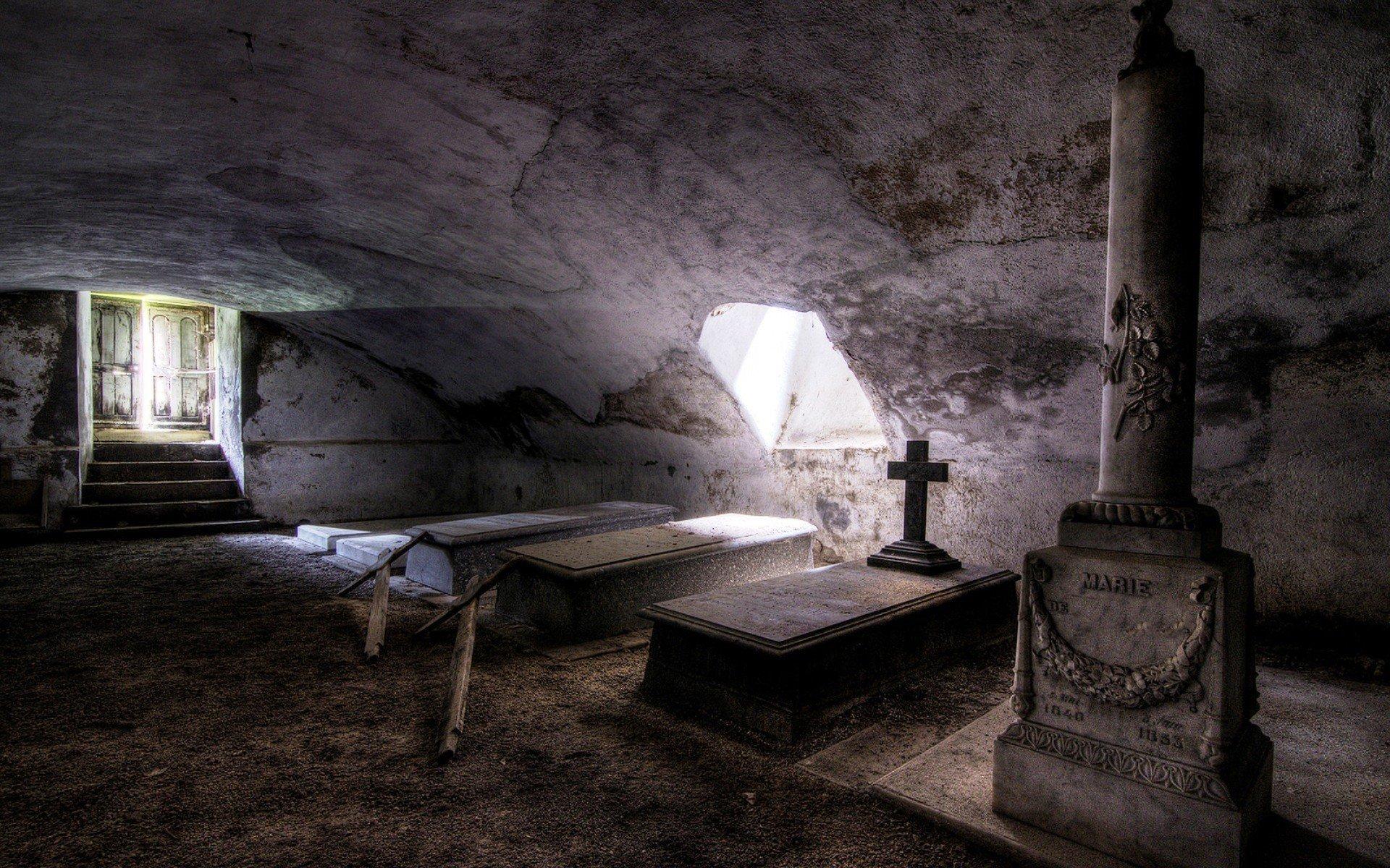 Interior Sunlight Tomb Grave Cross Abandoned Stones