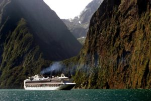 nature, Landscape, Sea, New Zealand, Cruise ship, Mountains, Smoke, Trees, Forest