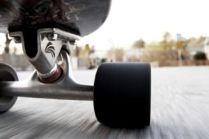 skateboard, Worm&039;s eye view, Motion blur