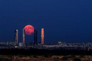 skyscraper, Moon, Madrid