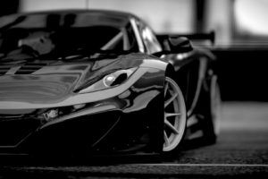 McLaren M26, Car
