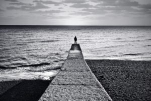 monochrome, Pier