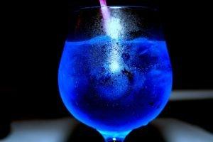 drinking glass, Liquid