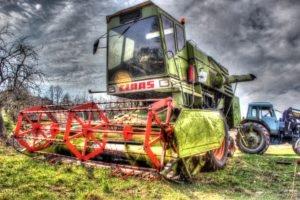 HDR, Tractors, Combine harvesters, Claas
