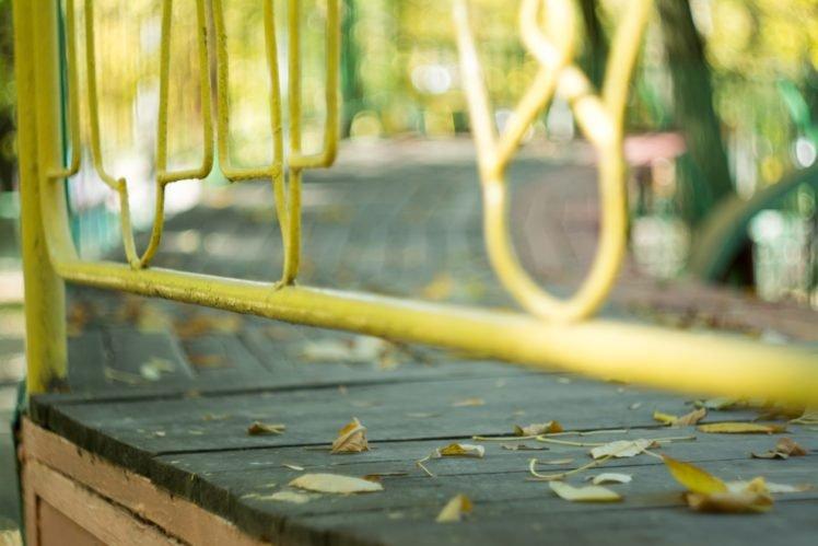 fall, Leaves, Bokeh, Yellow, Fence, Park, Wooden surface HD Wallpaper Desktop Background