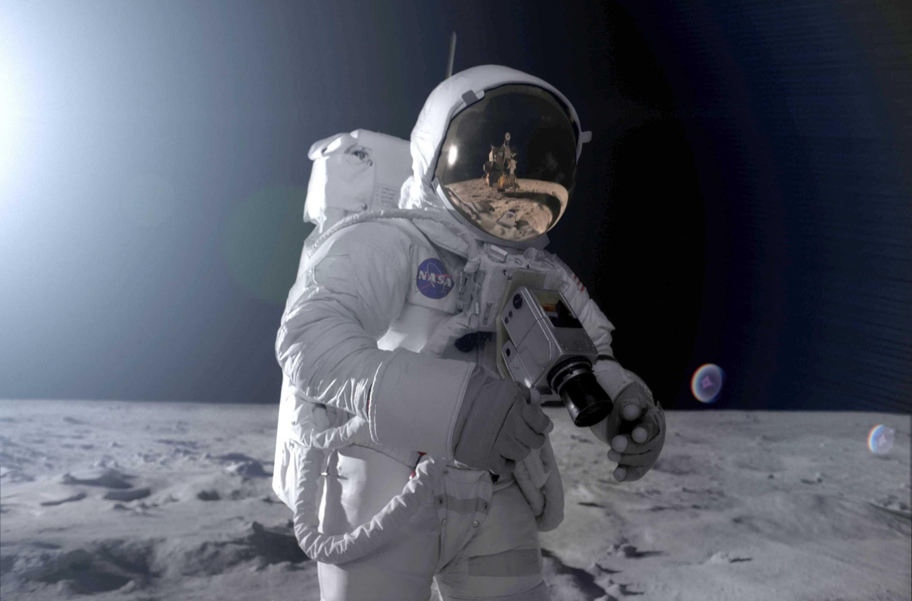 astronaut moon hd pics - photo #7