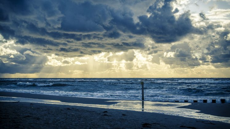 Poland, Beach, Nature, Sun rays, Clouds, Sea, Baltic Sea HD Wallpaper Desktop Background