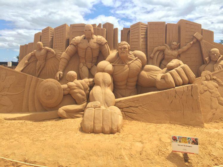 Nick Fury, Sculpture, Sand, Beach, The Avengers, Iron Man, Hulk, Thor, Captain America HD Wallpaper Desktop Background